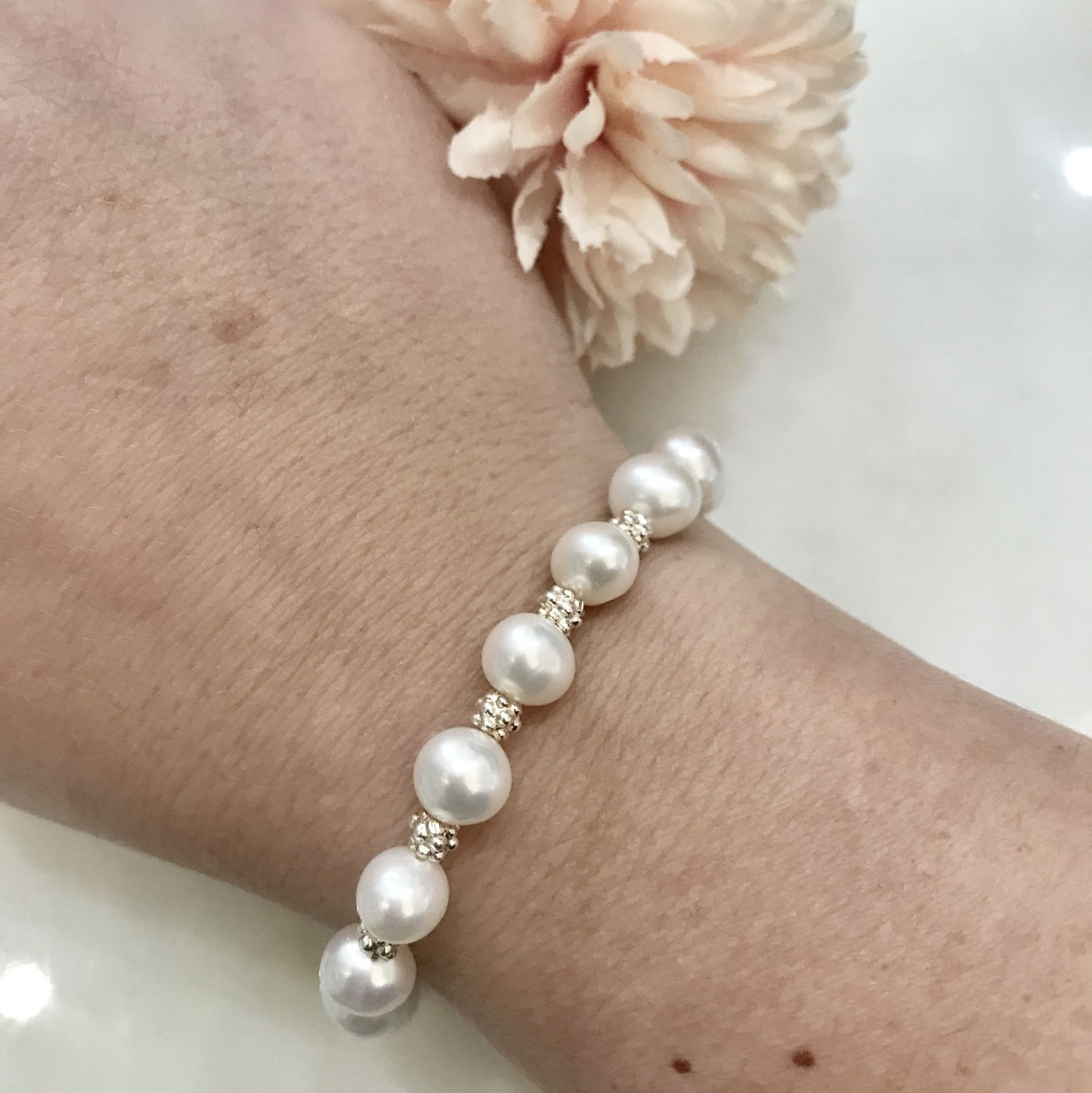 Pearl and Sparkle Bracelet